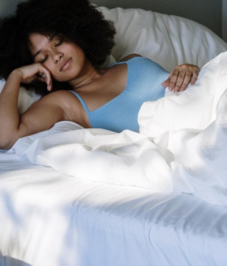 5 Ways to Beat the Heat in Your Bedroom